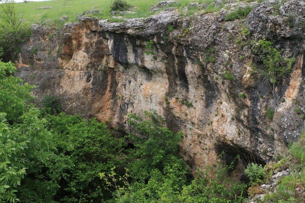 Скален лабиринт Пешкето