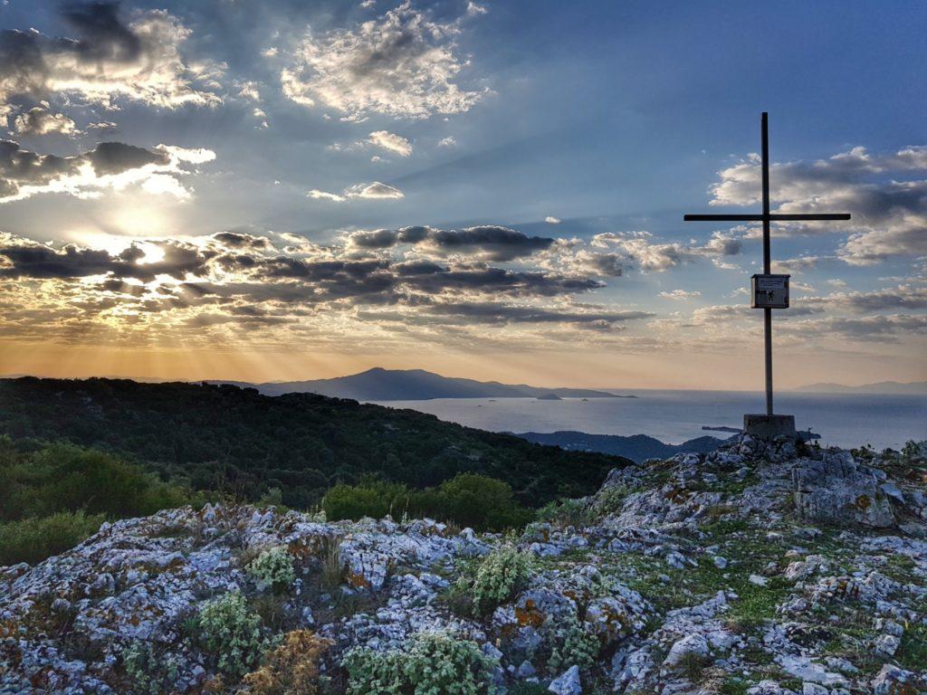 Забележителности на Скиатос